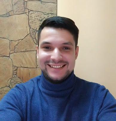 Рустам Гуломов